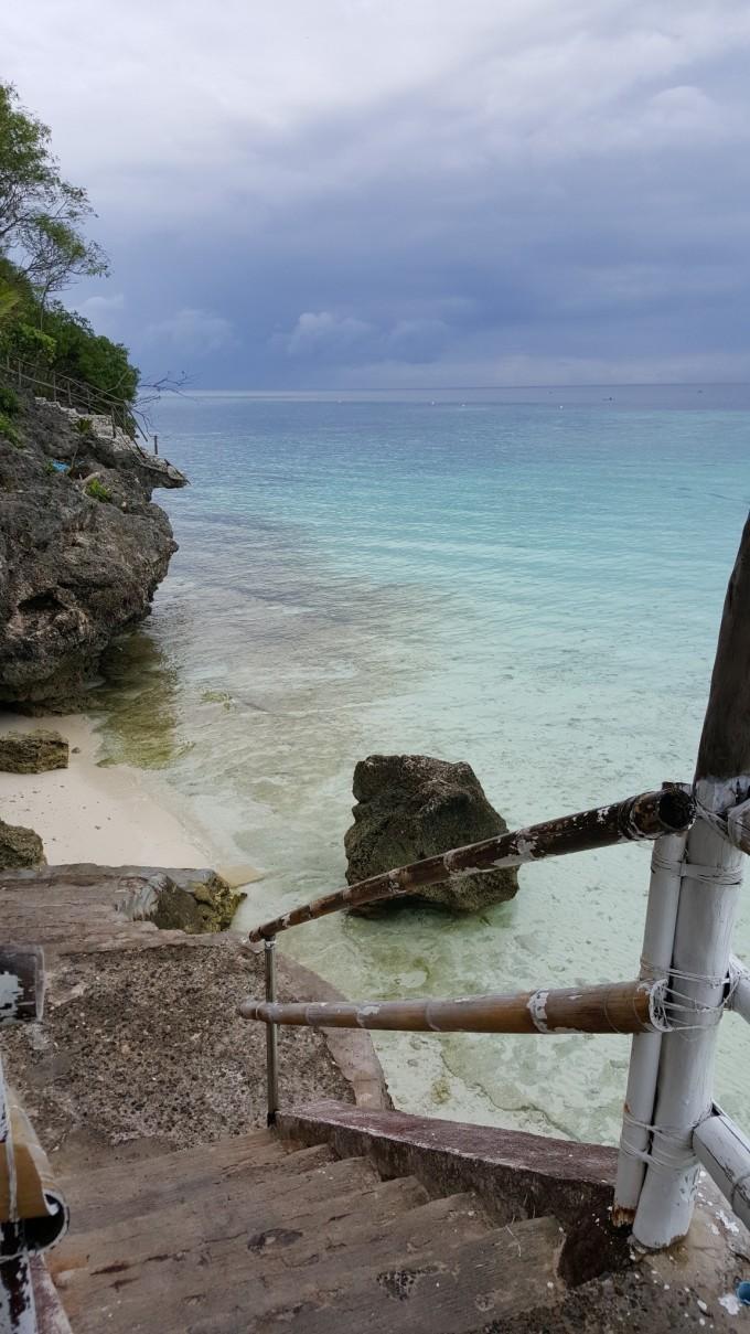 苏米龙蓝水岛度假村