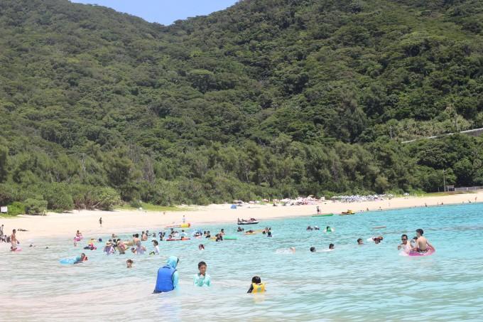 冲绳渡嘉敷岛阿波连海滩